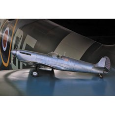 Authentic Model Aluminium Spitfire